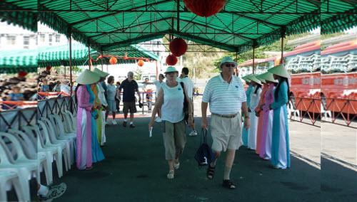 Khánh Hòa: Đón tàu du lịch Diamond Princess nhập cảng Nha Trang